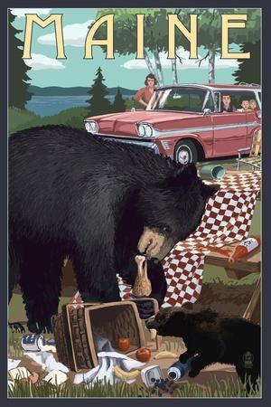 https://imgc.artprintimages.com/img/print/maine-bear-and-picnic-scene_u-l-q1gqr140.jpg?p=0