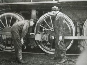 Maintenance Work on a 4-6-0 Locomotive of the Southern Pacific Line, Mid-1920S