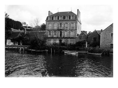 Maison--Giclee Print