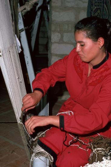 Making a knotted carpet in Tunisia. Artist: Unknown-Unknown-Photographic Print