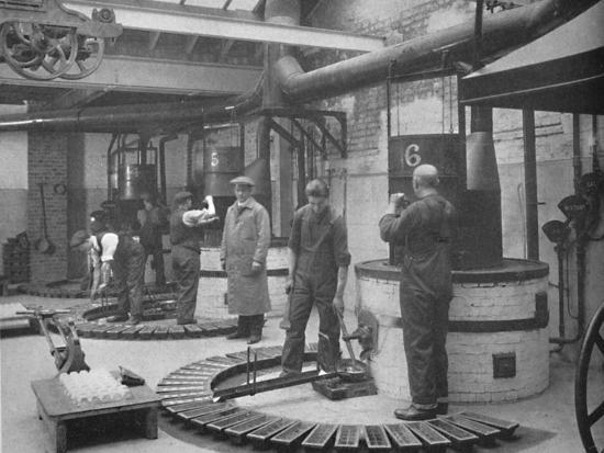 'Making Fryotype Printing Metal in the London Foundry', 1919-Unknown-Photographic Print