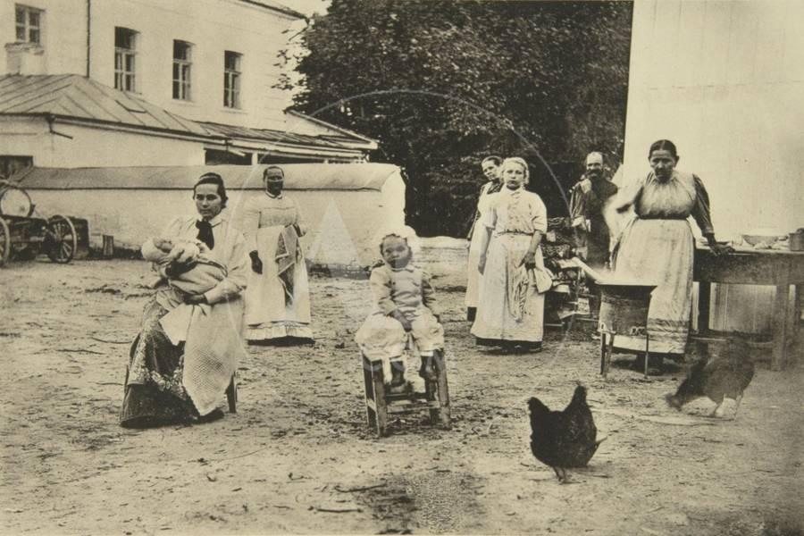 Making Jam in the Courtyard of Leo Tolstoy's House, Yasnaya Polyana, Near  Tula, Russia, 1900 Giclee Print by Sophia Tolstaya | Art com