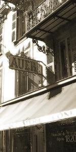 Auer by Malcolm Sanders