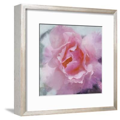 Elegant Bloom II