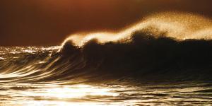 Ocean Crash by Malcolm Sanders