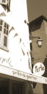 Perle by Malcolm Sanders