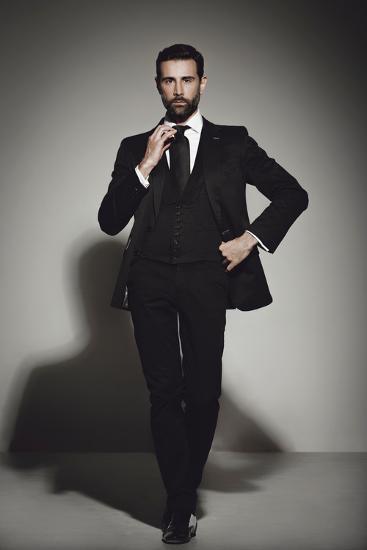 Male Model Posing-Luis Beltran-Photographic Print