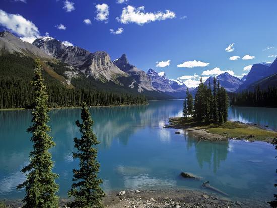 Maligne Lake, Jasper Nationalpark, Canada-Hans Peter Merten-Photographic Print