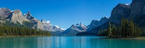 Maligne Lake with Canadian Rockies in the Background, Jasper National Park, Alberta, Canada