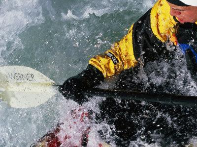 https://imgc.artprintimages.com/img/print/man-kayaking-a-rapid-called-iron-curtain_u-l-p4tu980.jpg?p=0