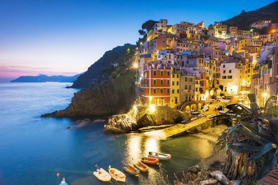 Manarola, Cinque Terre, Liguria, Italy-Jordan Banks-Photographic Print