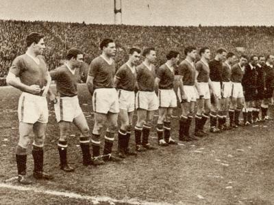 Manchester United Team before the Air Disaster at Munich--Photographic Print