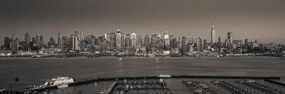 https://imgc.artprintimages.com/img/print/manhattan-new-york-city-ny-usa_u-l-p8xlgs0.jpg?p=0