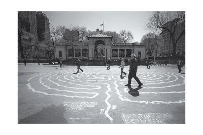 Manhattan Union Square Park Walkers-Henri Silberman-Photographic Print