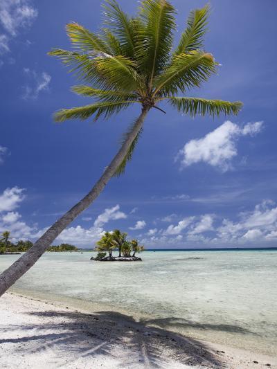 Manihi Pearl Beach Resort-Aaron Huey-Photographic Print