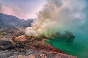 Kawah Ijen Volcano in East Java by Manjik Photography