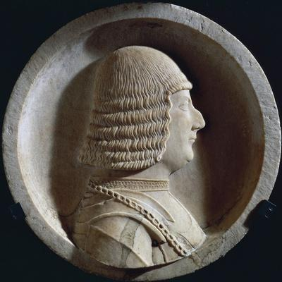 https://imgc.artprintimages.com/img/print/marble-medallion-with-image-of-ludovico-maria-sforza-also-known-as-ludovico-il-moro_u-l-pq39pq0.jpg?p=0