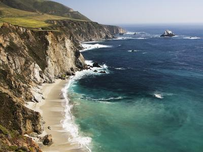 Scenic Elevated View of the Big Sur Coast