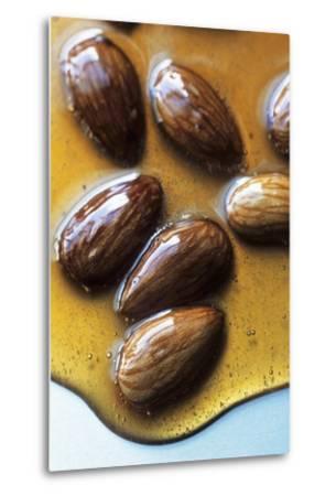 Almonds in Caramel