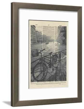 La Bicyclette II Crop