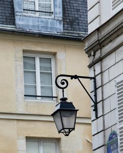 Paris Lamp by Marc Olivier