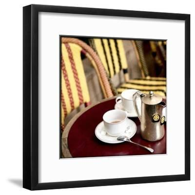 Tea in Paris Crop