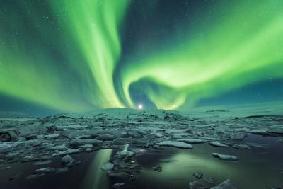 Jokulsarlon, East Iceland, Iceland. Northern lights over the glacier lagoon.