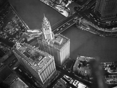 Wrigley Building in South Chicago. 1951