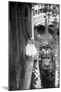 Maria Félix Smiling Beside a Gondola