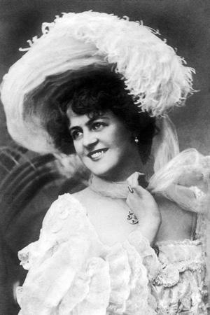 https://imgc.artprintimages.com/img/print/marie-studholme-1875-193-english-actress-1900s_u-l-pttka30.jpg?p=0