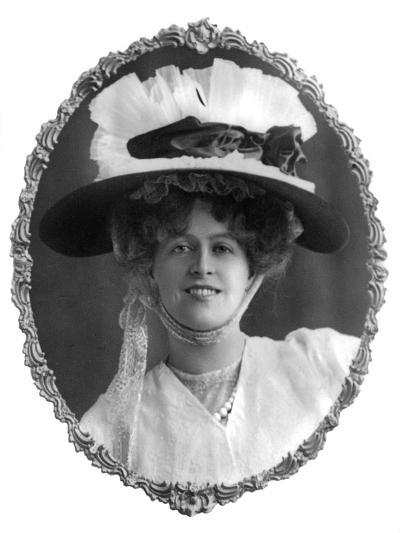 Marie Studholme (1875-193), English Actress, 1900s-W Whiteley-Giclee Print