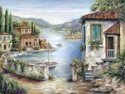Tuscan Villas on the Lake