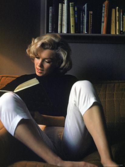 1c2f5aa603a2 Marilyn Monroe Reading at Home Premium Photographic Print by Alfred  Eisenstaedt