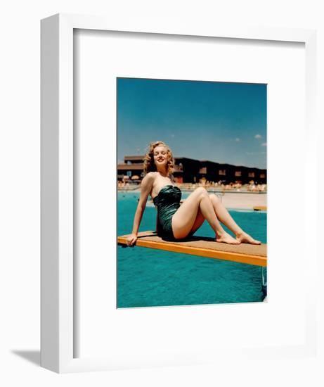 Marilyn Monroe--Framed Giclee Print