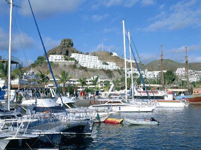 Marina, Puerto Rico, Gran Canaria, Canary Islands-Peter Thompson-Photographic Print