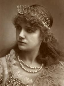 Marion Hood, British Soprano Opera and Musical Theatre Singer, 1884
