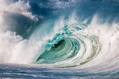 Giant surf at Waimea Bay Shorebreak, North Shore, Oahu, Hawaii