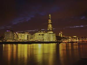 The Shard, City Hall, More London Place, Southwark Crown Court and Hms Belfast at Night, London, En by Mark Chivers