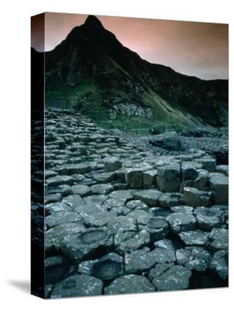 Hexagonal Basalt Rock Formations of Giant's Causeway, Giants Causeway, United Kingdom