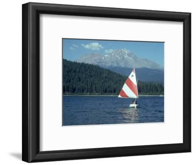 Sailing on Lake Siskiyou, Mt. Shasta, CA