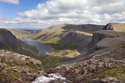 Upland Stream Flowing into Loch Avon, Glen Avon, Cairngorms Np, Highlands, Scotland, UK
