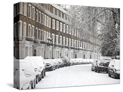 London Street in Snow, Notting Hill, London, England, United Kingdom, Europe