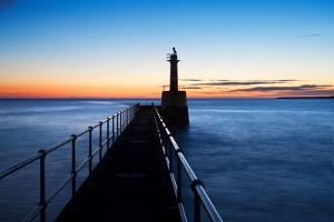 Harbour Light by Mark Sunderland