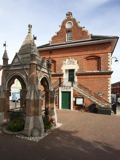 Market Cross and Shire Hall on Market Hill, Woodbridge, Suffolk, England, United Kingdom, Europe-Mark Sunderland-Photographic Print
