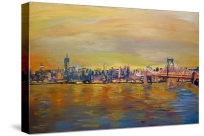 Golden Manhattan Skyline with One World Trade Center
