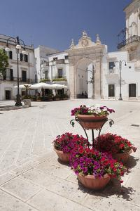 Arco Di Sant'Antonio, Porta Di Santa Stefano, Martina Franca, Valle D'Itria, Taranto District by Markus Lange