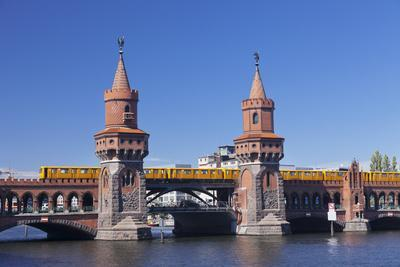 Oberbaum Bridge between Kreuzberg and Friedrichshain, Metro Line 1, Spree River, Berlin, Germany, E