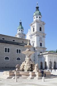 Residenzplatz Square by Markus Lange