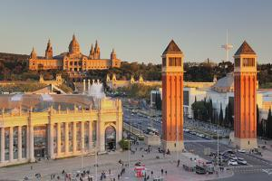 View over Placa d'Espanya (Placa de Espana) to Palau Nacional (Museu Nacional d'Art de Catalunya),  by Markus Lange
