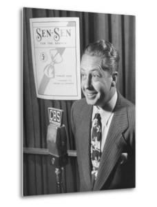 Larry Taylor Singing on Cbs Radio During a Commercial to Advertise Sen-Sen by Martha Holmes
